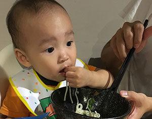 Jak wybrać dobre krzesełko do karmienia dziecka?