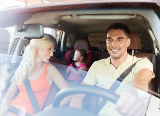 Kupujesz rodzinny samochód? Sprawdź, jak go ubezpieczyć!