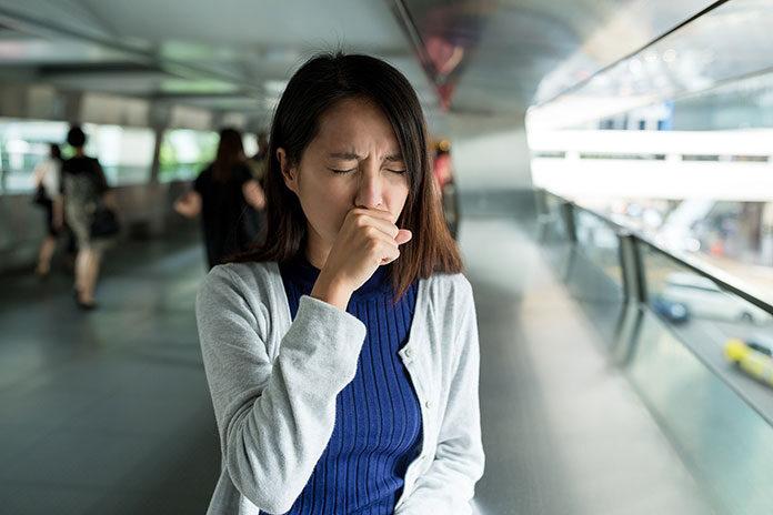 Jak zwalczyć kaszel palacza